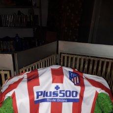 Coleccionismo deportivo: CAMISETA ORIGINAL ATLETICO MADRID FIRMADA POR JOAO FELIX. Lote 262791745