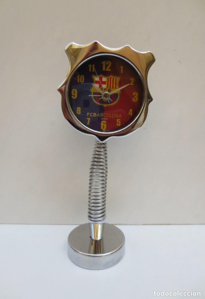 RELOJ DESPERTADOR F.C. BARCELONA - BARÇA - FUNCIONANDO . (Coleccionismo Deportivo - Merchandising y Mascotas - Futbol)