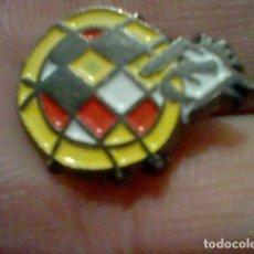 Coleccionismo deportivo: FEDERACION ESPAÑOLA FUTBOL PIN PINCHO R.F.E.F. 1,2 CMS ALTO. Lote 195297211