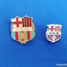 Coleccionismo deportivo: LOTE PINS BARCELONA. Lote 195338848