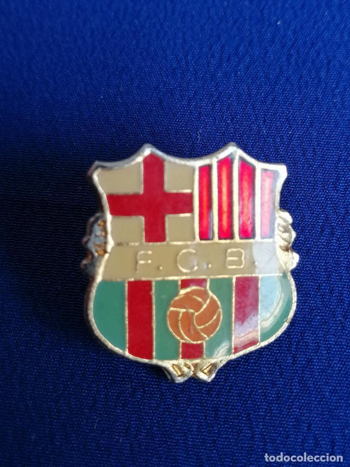 Coleccionismo deportivo: lote pins barcelona - Foto 5 - 195338848