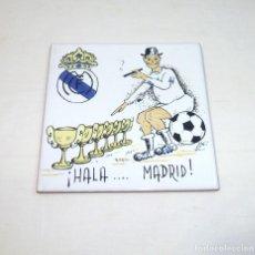 Coleccionismo deportivo: AZULEJO REAL MADRID (HALA... MADRID). Lote 197149320