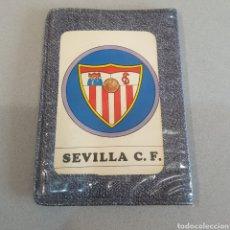 Coleccionismo deportivo: ANTIGUA CARTERA CON AGENDA ESCUDOS DEL SEVILLA. Lote 205556397