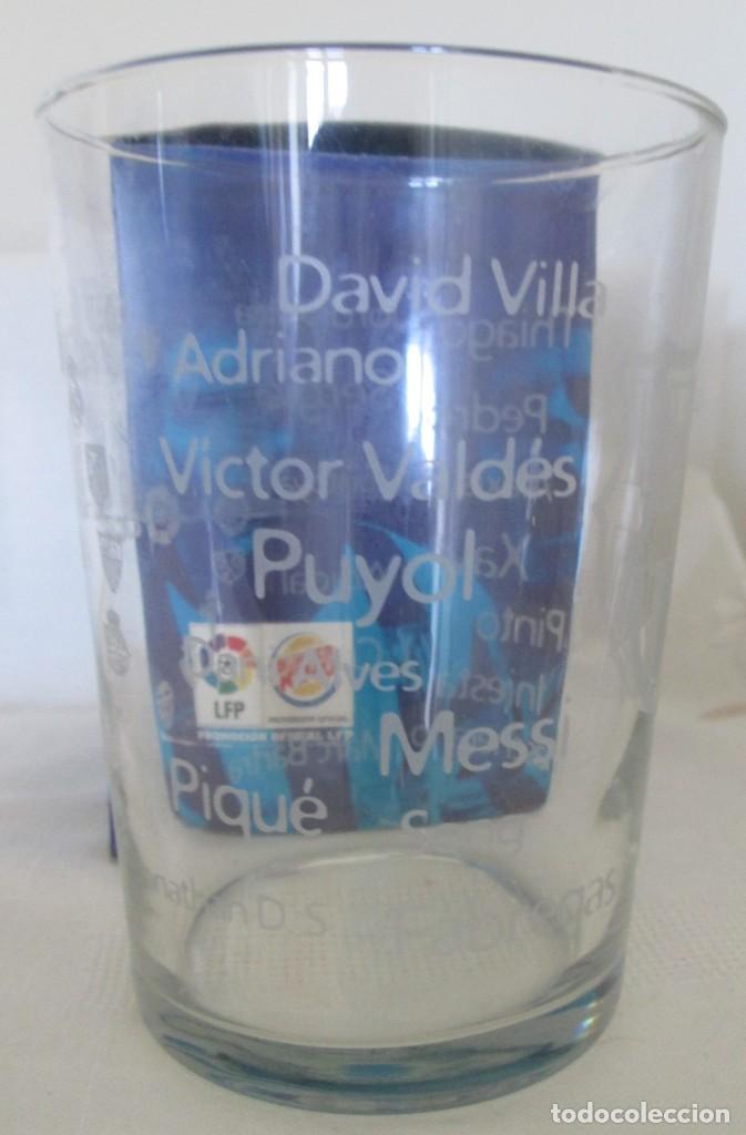 Coleccionismo deportivo: Vaso de cristal F C Barcelona, promoción Burguer King Los vasos de la Liga BBVA. En su caja - Foto 6 - 205830430