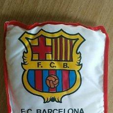 Coleccionismo deportivo: COJIN DEL F.C.BARCELONA FCBARÇA 28 X 28 X 2CM APROX.. Lote 206180860