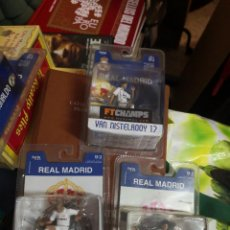 Coleccionismo deportivo: 3 FIGURAS DEL REAL MADRID - ZIDANE 5 RAUL 7 VAN NISTELROOY 17 - FTCHAMPS, ORIGINALES Y NUEVAS.. Lote 207406847