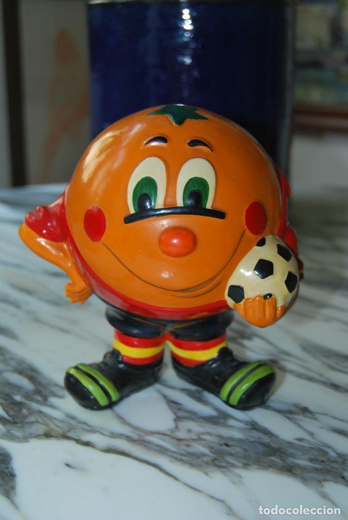 NARANJITO DE CERÁMICA - FIGURA - MASCOTA MUNDIAL DE FÚTBOL 1982 - ESPAÑA 82 (Coleccionismo Deportivo - Merchandising y Mascotas - Futbol)