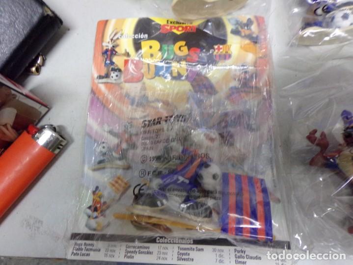 Coleccionismo deportivo: coleccion completa bugs bunny star toys 1996 todos precintados nuevos futbol club barcelona - Foto 2 - 210311572