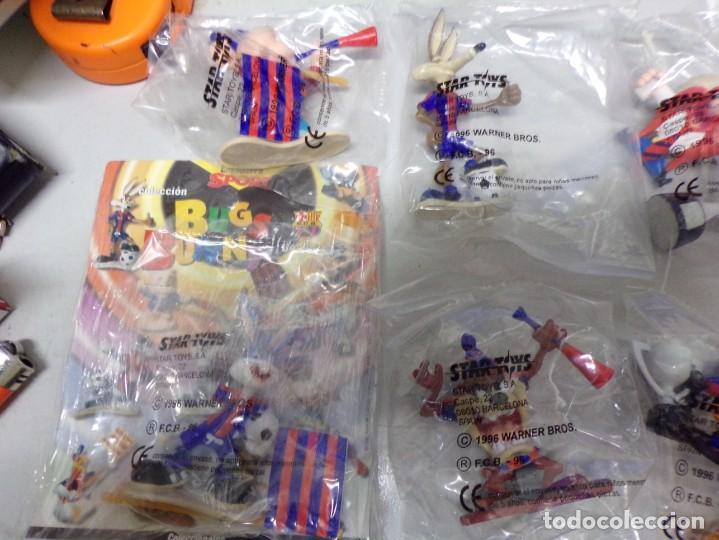 Coleccionismo deportivo: coleccion completa bugs bunny star toys 1996 todos precintados nuevos futbol club barcelona - Foto 4 - 210311572