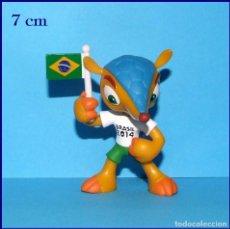 Coleccionismo deportivo: FULECO MASCOTA DEL MUNDIAL DE FUTBOL BRASIL 2014 FIGURA EN PVC. Lote 210657294
