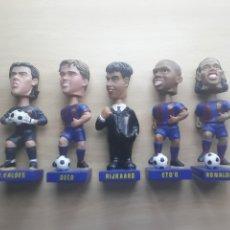 Coleccionismo deportivo: MUÑECOS COLECCION BOOBLE HEADS BARCELONA. Lote 213944210