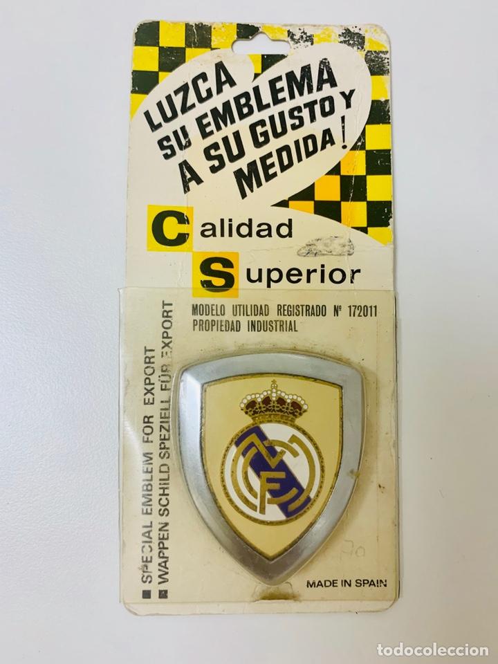 EMBLEMA REAL MADRID RARO ESCUDO AÑOS 60 - CALIDAD SUPERIOR (Coleccionismo Deportivo - Merchandising y Mascotas - Futbol)
