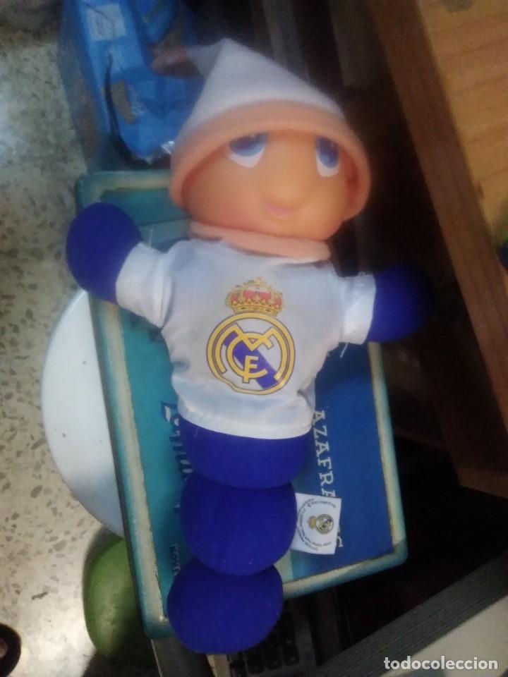 Coleccionismo deportivo: Gusiluz noche y día. Funcionando. Producto oficia real Madrid - Foto 2 - 216779776