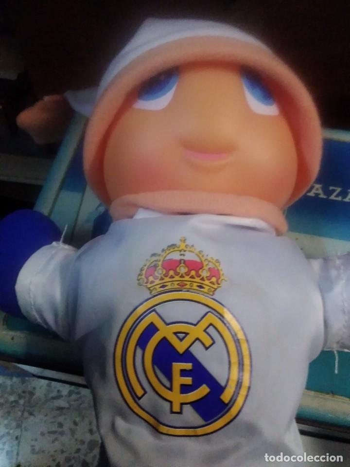 Coleccionismo deportivo: Gusiluz noche y día. Funcionando. Producto oficia real Madrid - Foto 5 - 216779776
