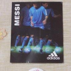 Colecionismo desportivo: MESSI - CHAPA Y TARJETA - ADIDAS. Lote 217567341
