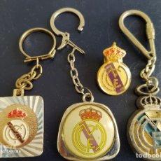 Coleccionismo deportivo: REAL MADRID LLAVEROS Y PIN GRANDE. Lote 217732290