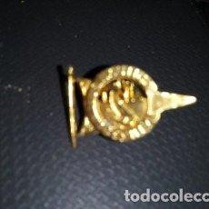 Coleccionismo deportivo: PIN DEL NAUTICO DE SEVILLA. Lote 221367815