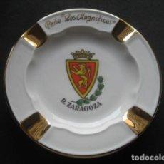 Coleccionismo deportivo: CENICERO PORCELANA FUTBOL REAL ZARAGOZA. PEÑA LOS MAGNIFICOS. Lote 221836291