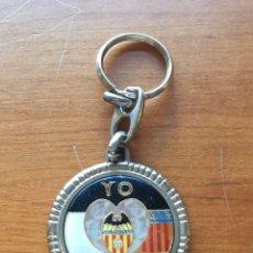 Coleccionismo deportivo: LLAVERO VALENCIA CF AÑOS 70. Lote 222193415
