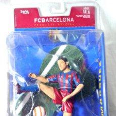 Coleccionismo deportivo: FIGURA DE ACCION MARQUEZ 4 FC BARCELONA , FT CHAMPS, SERIE 4-4-2, 15 CMS, NUEVO EMPAQUE SELLADO *. Lote 224074035