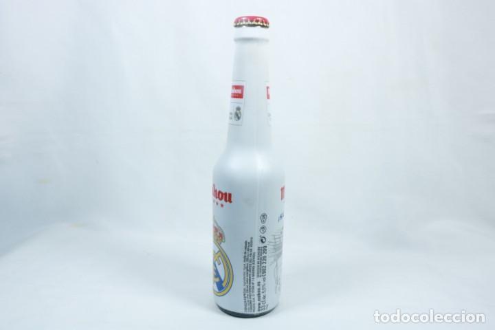 Coleccionismo deportivo: Lote de cerveza y cenicero del Real Madrid CF - Foto 7 - 224133460