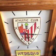 Coleccionismo deportivo: BONITO RELOJ DE PARED ATLETHIC CLUB. Lote 228471305