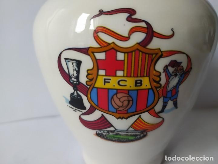Coleccionismo deportivo: HUCHA F.C. BARCELONA, VINTAGE - Foto 3 - 229582230