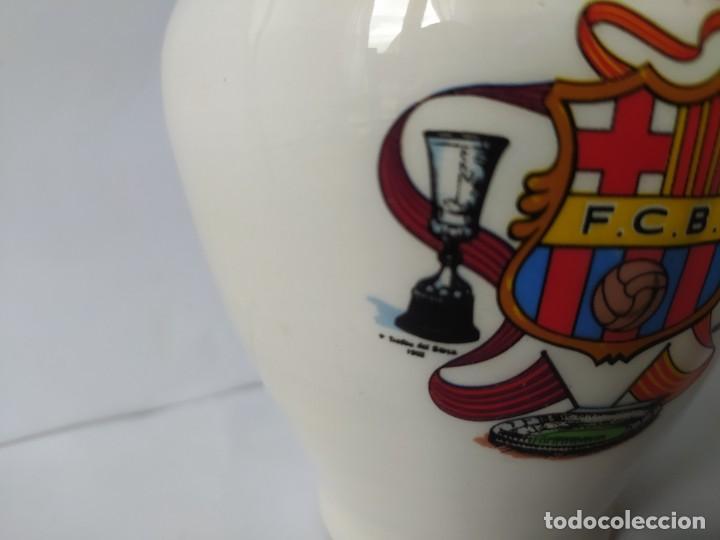 Coleccionismo deportivo: HUCHA F.C. BARCELONA, VINTAGE - Foto 4 - 229582230