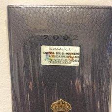 Coleccionismo deportivo: AGENDA OFICIAL REAL MADRID AÑO 2002. NUEVA CON SU ENVOLTORIO ORIGINAL. Lote 235817455