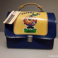 Coleccionismo deportivo: ORIGINAL MALETIN NARANJITO MUNDIAL FUTBOL ESPAÑA 82 1982. Lote 236646545