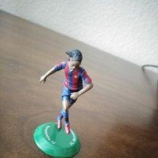 Collezionismo sportivo: FIGURA DE RONALDINHO. F. C. BARCELONA. NANO FTCHAMPS.. Lote 240674635