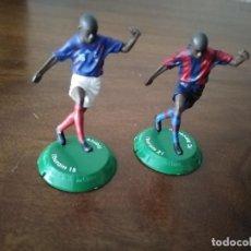 Collezionismo sportivo: 2 FIGURAS DE THURAM. F. C. BARCELONA Y SELECCIÓN FRANCESA. NANO FTCHAMPS.. Lote 240677980