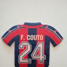Coleccionismo deportivo: PEGATINA CAMISETA FERNANDO COUTO FC BARCELONA 1996-97 BARÇA DE ROBSON Y NUÑEZ. Lote 241332590