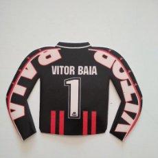 Coleccionismo deportivo: PEGATINA CAMISETA VITOR BAIA FC BARCELONA 1996-97 BARÇA DE ROBSON Y NUÑEZ. Lote 241332595