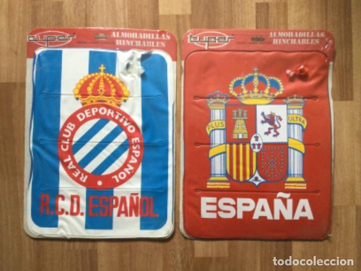 ALMOHADILLA HINCHABLE. REAL CLUB DEPORTIVO ESPAÑOL Y SELECCION ESPAÑOLA FUTBOL RETRO ESPANYOL SARRIA (Coleccionismo Deportivo - Merchandising y Mascotas - Futbol)