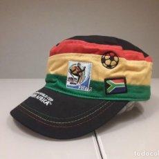 Coleccionismo deportivo: GORRO VISERA ORIGINAL OFICIAL MUNDIAL FUTBOL SUDAFRICA 2010 ESPAÑA. Lote 246367435