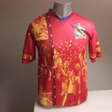 Coleccionismo deportivo: CAMISETA SOUVENIR MUNDIAL FUTBOL ESPAÑA FINAL SUDAFRICA 2010. Lote 246367595