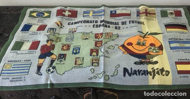 MAGNIFICO TAPIZ ORIGINAL MUNDIAL 82 (Coleccionismo Deportivo - Merchandising y Mascotas - Futbol)