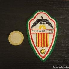 Coleccionismo deportivo: -ESCUDO ANTIGUO DE FUTBOL DE TELA : ESCUDO DEL CASTELLON. Lote 250270860