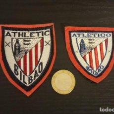 Coleccionismo deportivo: -ESCUDO ANTIGUO DE FUTBOL DE TELA : 2 ESCUDOS DEL ATH.BILBAO. Lote 250270905