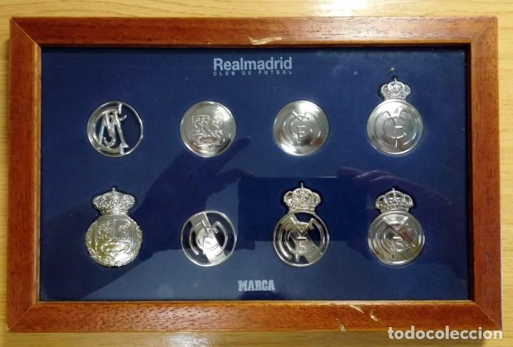 COLECCION DIARIO MARCA LOS ESCUDOS DEL REAL MADRID BAÑADOS EN ORO BLANCO COMPLETA Y ENMARCADA (Coleccionismo Deportivo - Merchandising y Mascotas - Futbol)