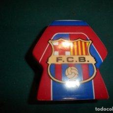 Coleccionismo deportivo: HUCHA FÚTBOL CLUB BARCELONA - F.C.B. - BARÇA - PRODUCTO LICENCIADO - VER FOTOS (GUARDIOLA). Lote 254326305