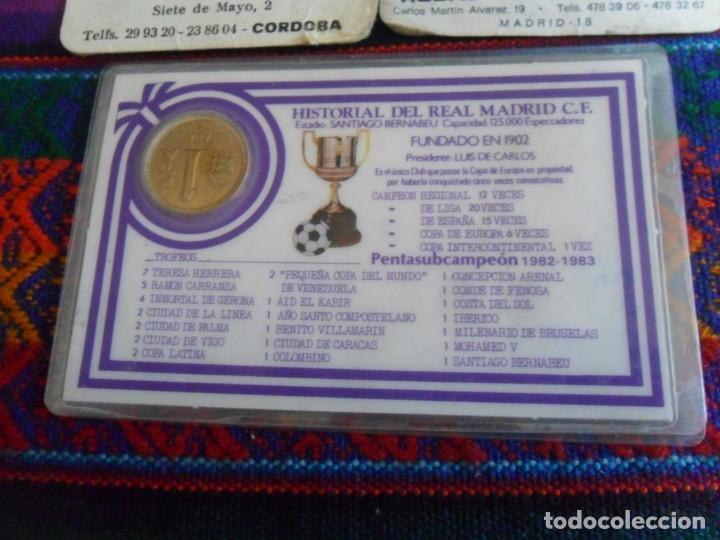 Coleccionismo deportivo: CARNET REAL MADRID MONEDA REY JUAN CARLOS I HISTORIAL PLANTILLA 1983 1984. REGALO 2 CALENDARIOS RARO - Foto 5 - 278230823