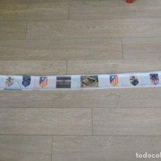 Coleccionismo deportivo: BUFANDA FUTBOL - ATLÉTICO DE MADRID - JESUS GIL FUTRE ABEL RESINO MEJIAS MANOLO CALDERON FRENTE. Lote 280626633