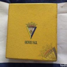 Coleccionismo deportivo: CAJA CÁDIZ FC. Lote 287839208