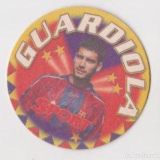 Coleccionismo deportivo: POSAVASOS SPORT F.C.BARCELONA – LIGA 1997-98 – GUARDIOLA. Lote 290059173