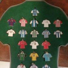 Coleccionismo deportivo: COLECCIÓN DE LLAVEROS DE CAMISETA DE LA LIGA DE FUTBOL - LFP. Lote 293243753