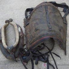 Coleccionismo deportivo: SILLA DE MONTAR Y OTROS ACCESORIOS. Lote 24704975