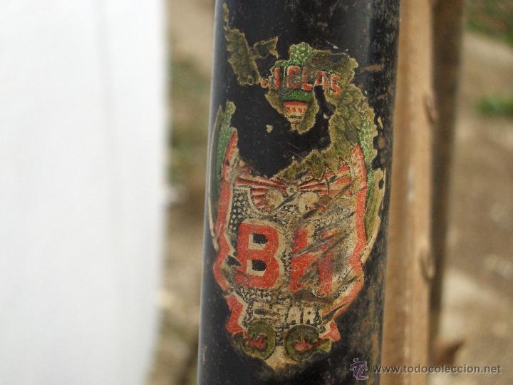 Coleccionismo deportivo: bicicleta varillas super bh antigua de mujer 1940 - Foto 4 - 44771570