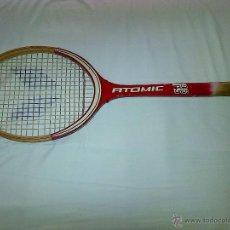 Coleccionismo deportivo: RAQUETA DE TENIS ATOMIC, DE MADERA.. Lote 40709440